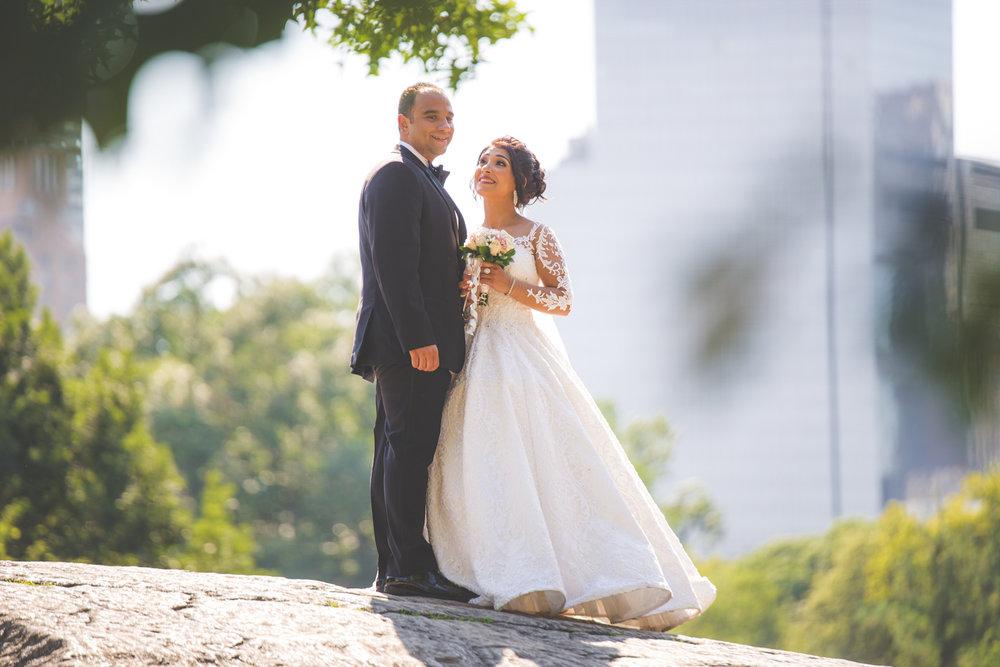 baku-Restaurant-wedding-photography-central-park-14.jpg