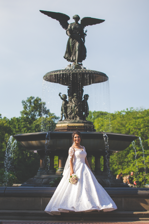 baku-Restaurant-wedding-photography-central-park-21.jpg