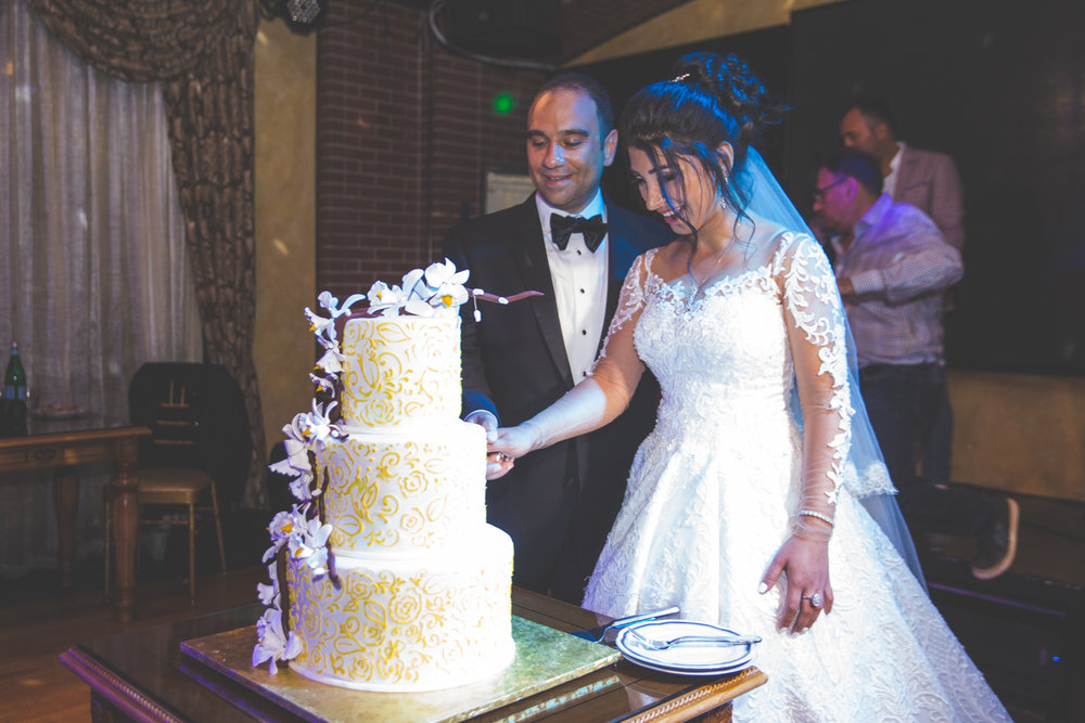 baku-Restaurant-wedding-photography-central-park-38.jpg