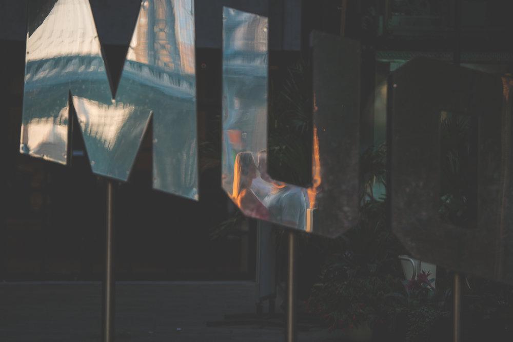 amazing-sunrise-engagement-photography-brooklyn-bridge-dumbo-17.jpg