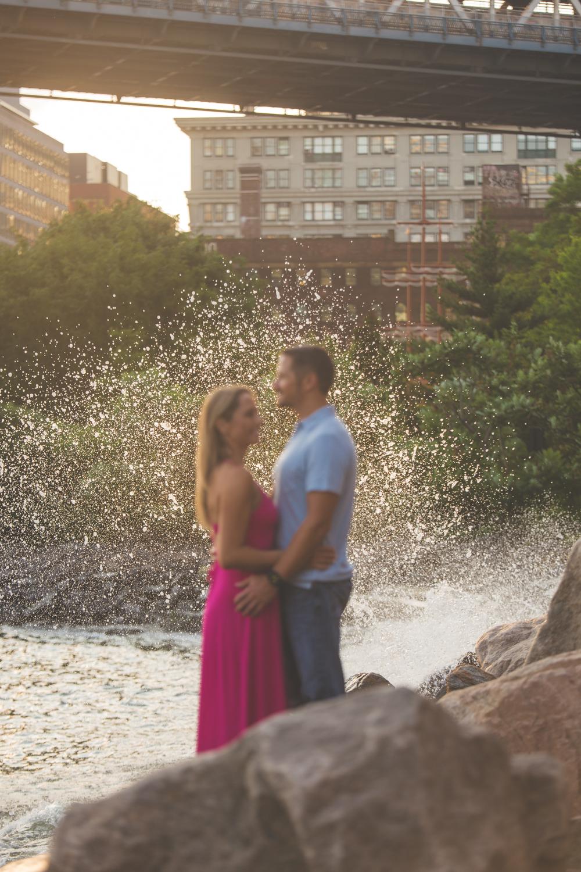 amazing-sunrise-engagement-photography-brooklyn-bridge-dumbo-24.jpg