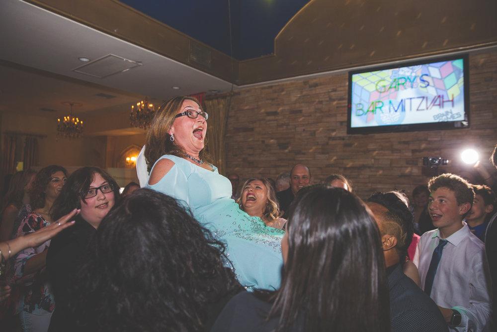 Bar-mitzvah-photographer-skazka-brooklyn-32.jpg