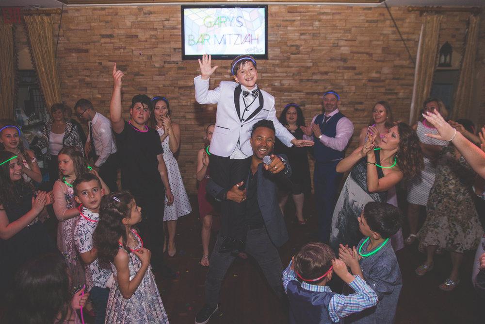 Bar-mitzvah-photographer-skazka-brooklyn-37.jpg
