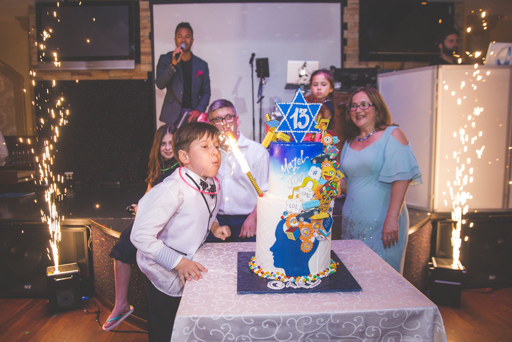 Bar-mitzvah-photographer-skazka-brooklyn-44.jpg