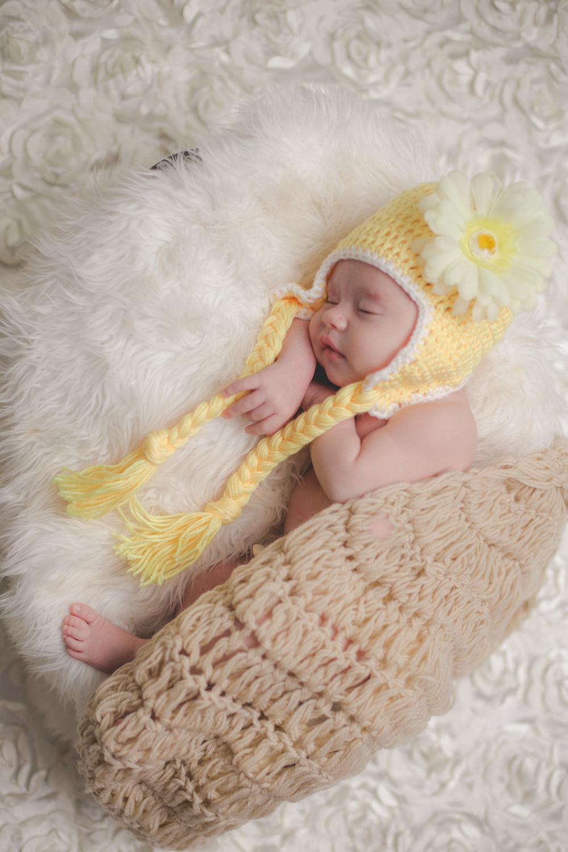 Brooklyn-newborn-family-photographer-outdoor-10.jpg
