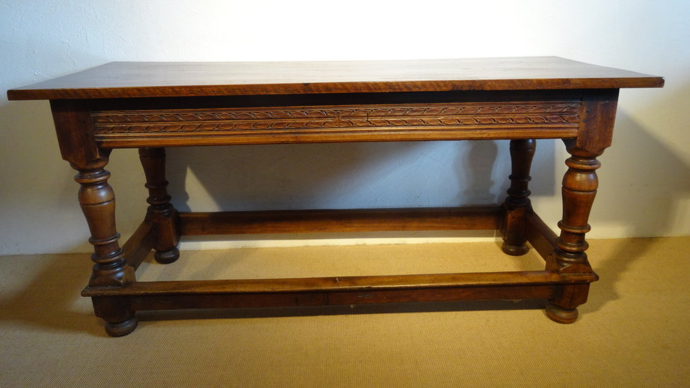 Walliser Tisch