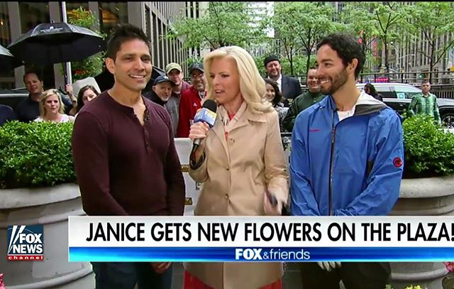 Bringing some bright colors to @foxandfriends this morning.