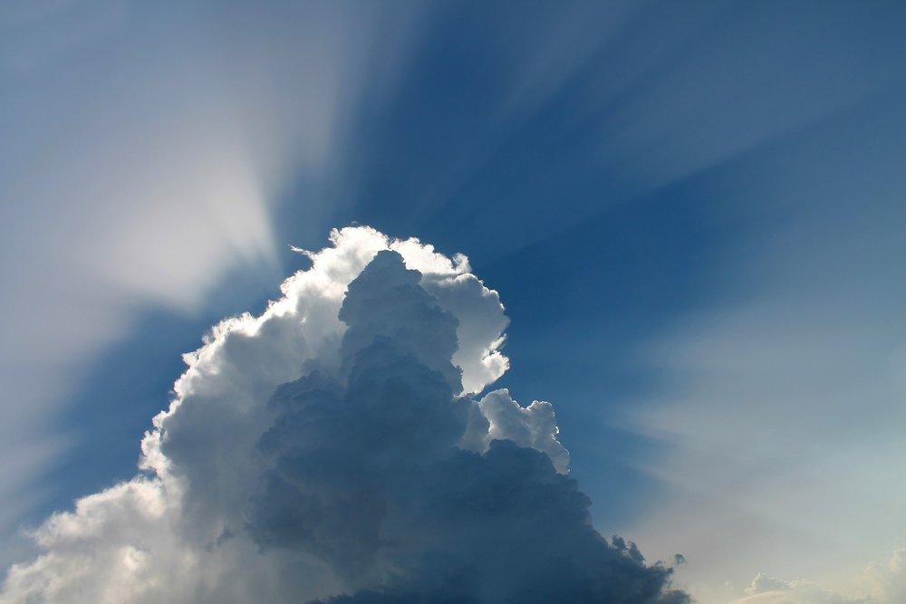 cloud-97453_1920.jpg