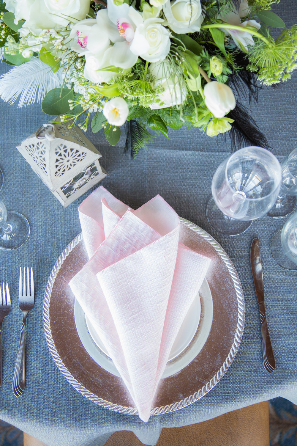 Switching to pink napkins adds a soft pop of color and gives a totally different vibe.