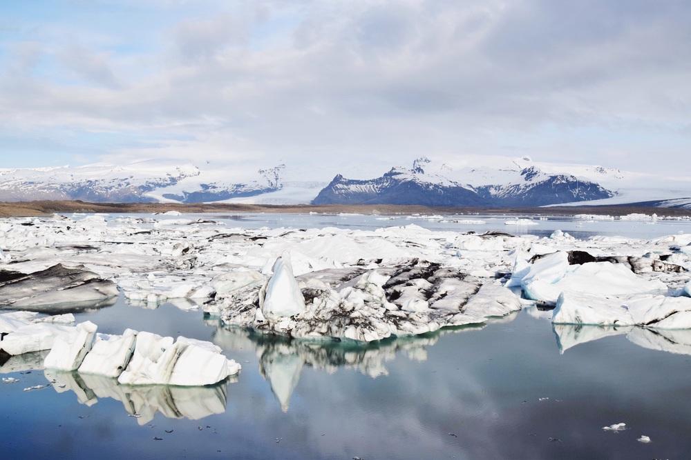 Vatnajökull Glacier fragments