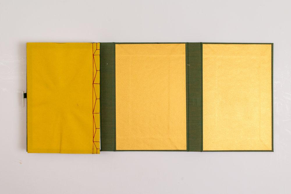Japanese Handmade book009.jpg