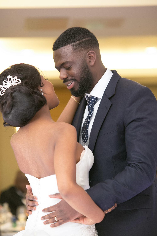 Nyam-Ola-London-wedding-photography-23.jpg