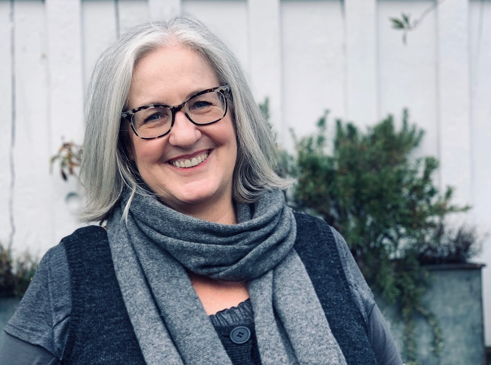 From Resistance to Resilience・A 12-month weight loss program・The Reluctant Cook