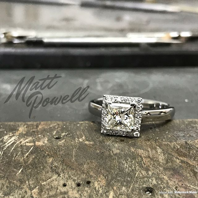 A commission I've recently completed with a subtle musical twist. Platinum and diamond halo cluster ring.  #mattpowelljewellery #jewellery #finejewelry #musical #musicalnotes #platinum #diamond #cluster #ring #designer #bespoke