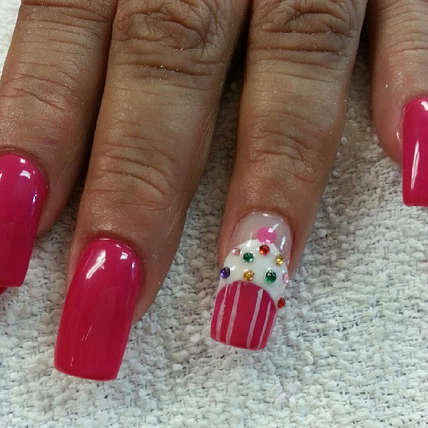 #nailart #naildesigns #oleisurenails #nailtime #cupcake