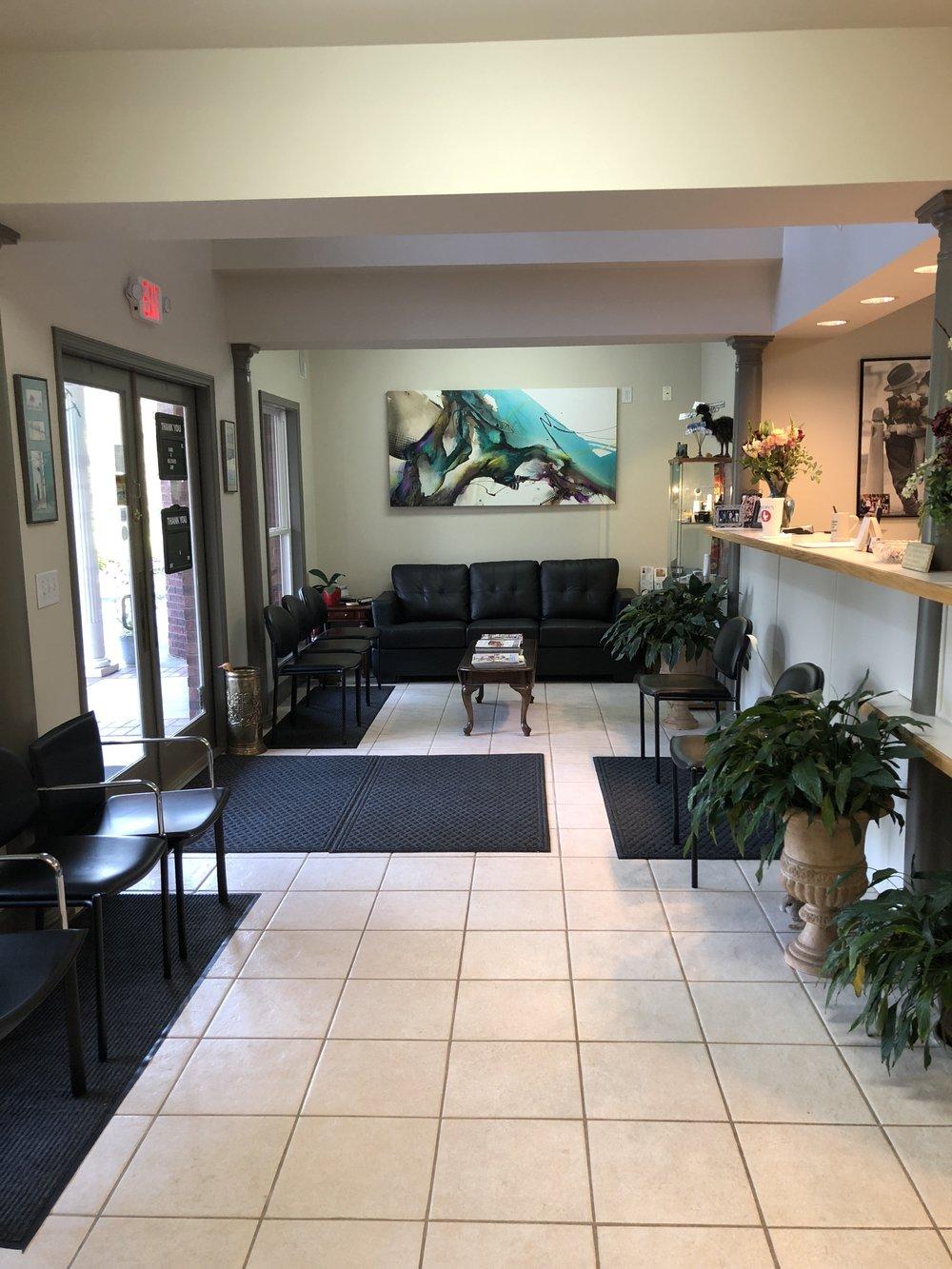 IMG_1791.JPG waiting room