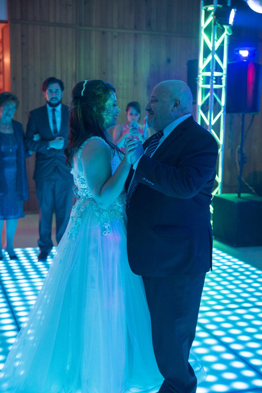 quinceanera_dancing_01.jpg