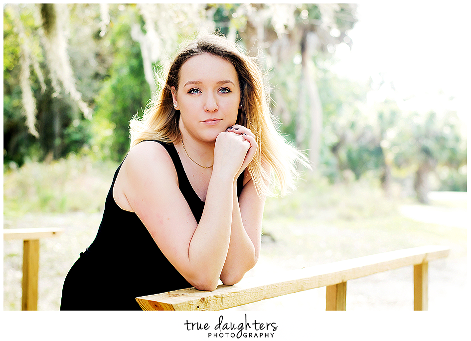 True_Daughters_Photography_Senior_Portraits_Caitlin-1773.png