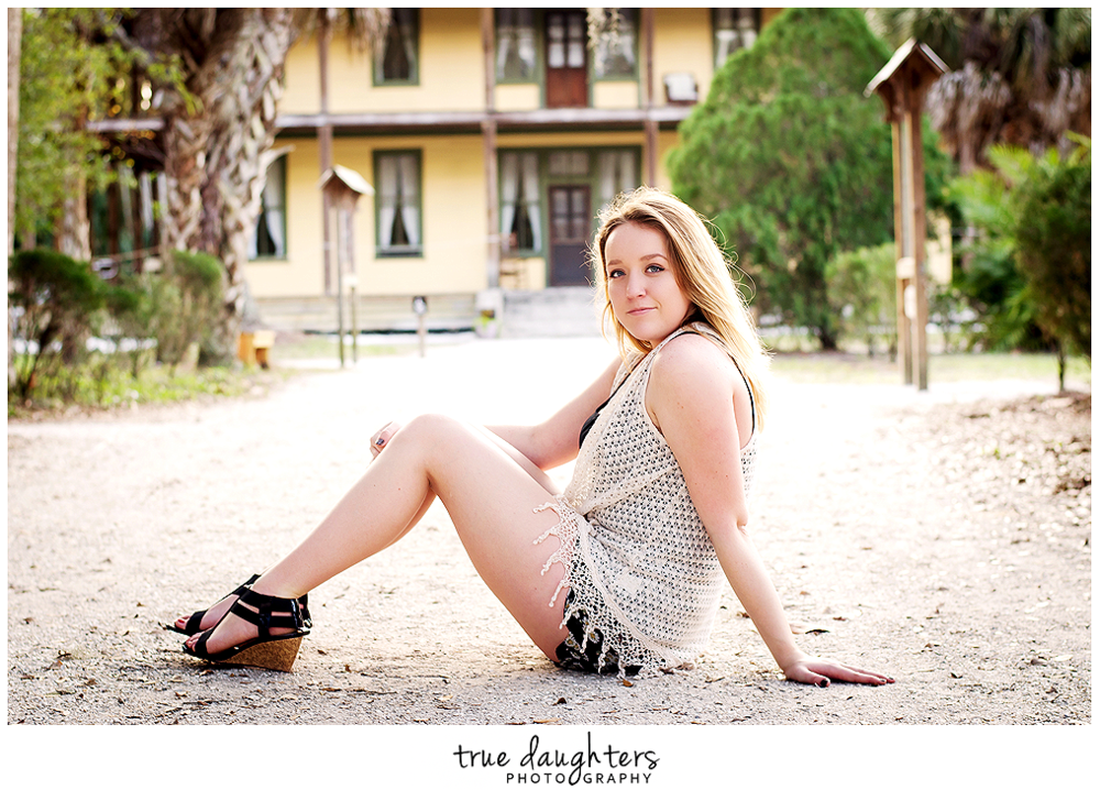 True_Daughters_Photography_Senior_Portraits_Caitlin-2020.png