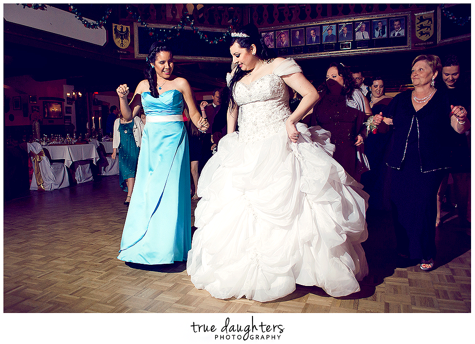 True_Daughters_Photography_Steve_And_Camilla_Wedding-0591.png