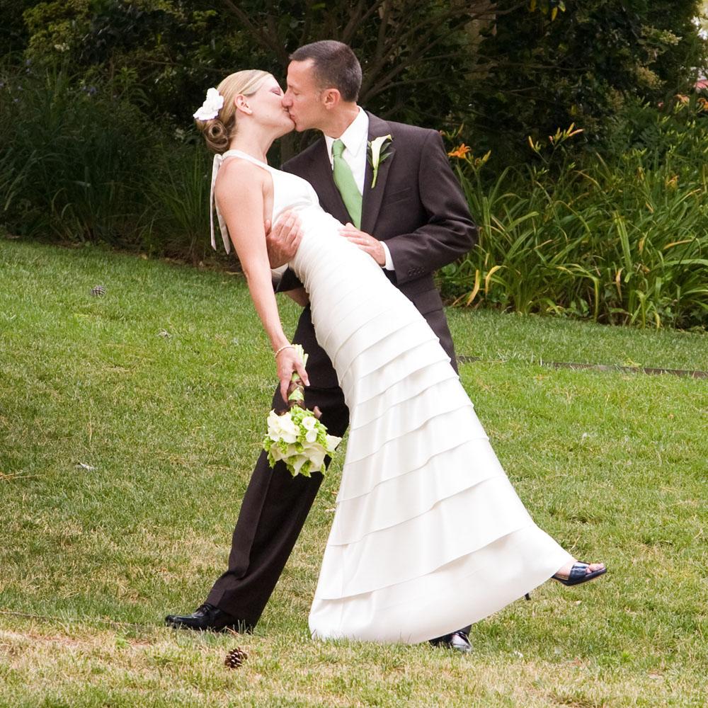 2011-06-05 Rebecca & Cassily.jpg