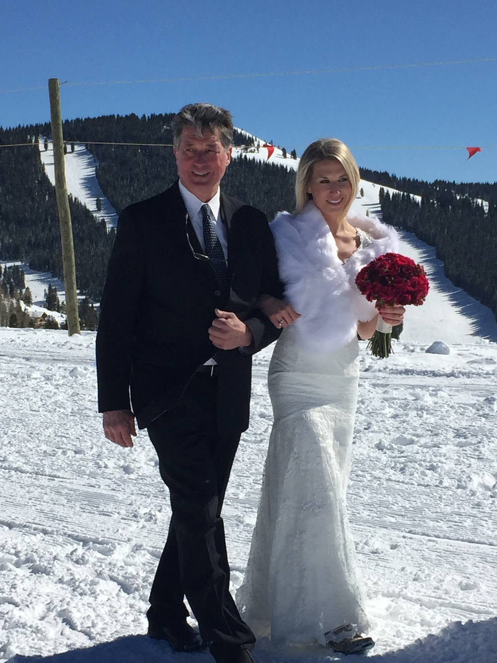 vail-wedding-snow-aisle