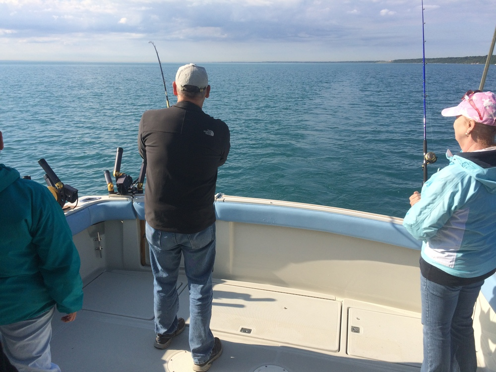UnrulyCharterFishing_LakeMichiganSalmonFishing.40.JPG
