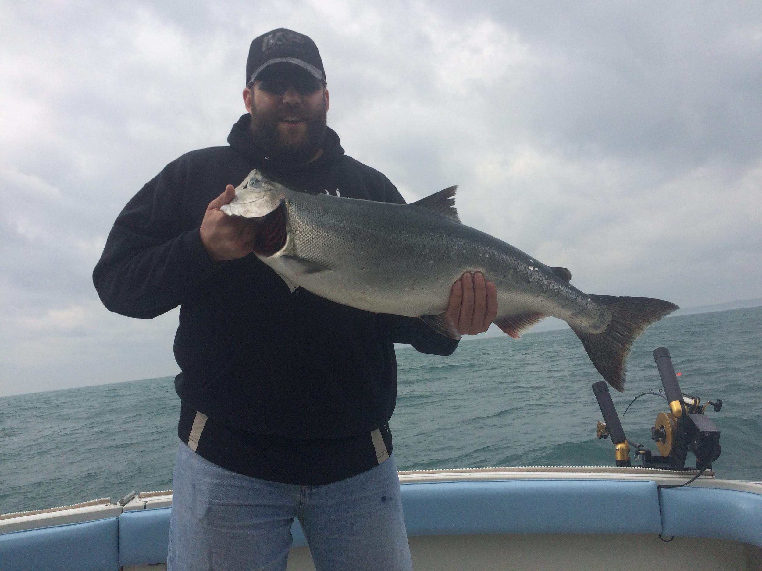 Unruly charter fishing port washington wisconsin lake for Washington fishing charters