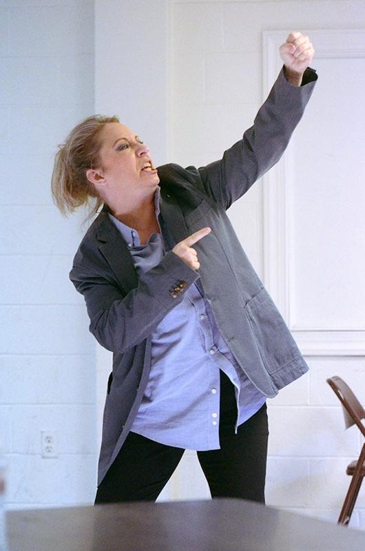 Stephanie Lindley as Ian