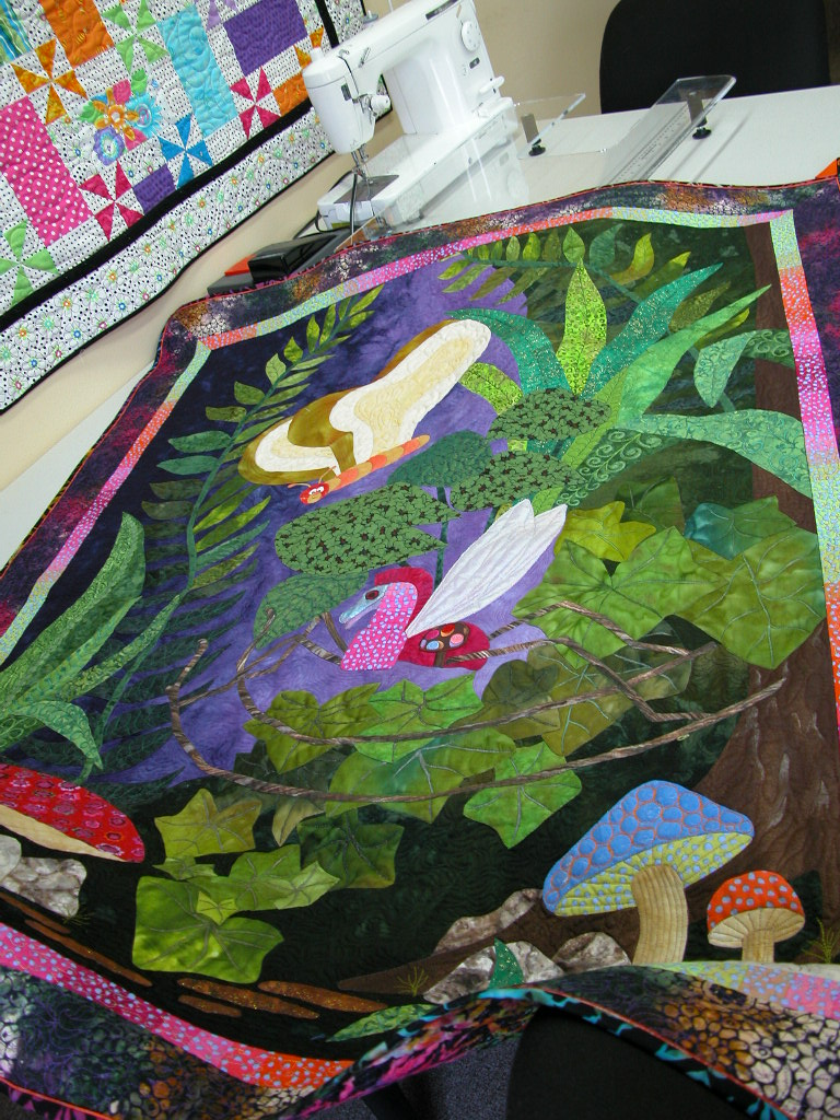 Pat Busby Alice in Wonderland quilts (3)