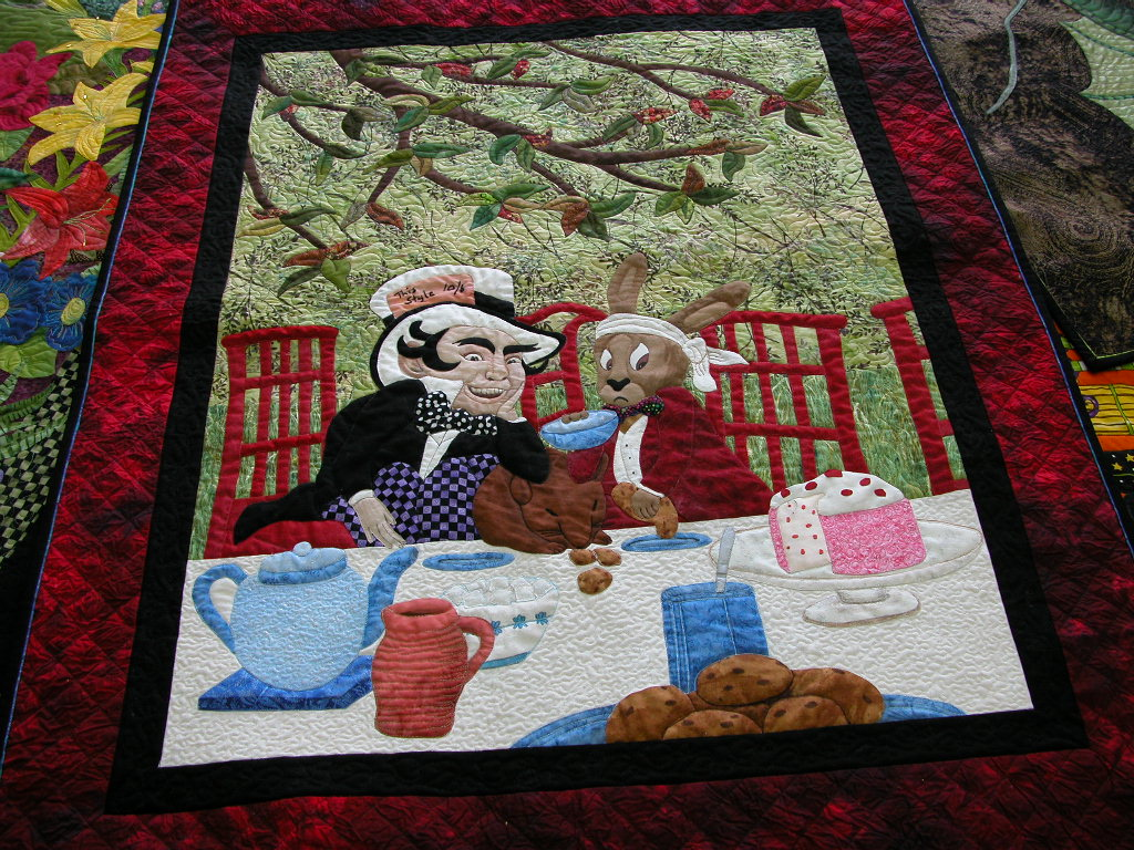 Pat Busby Alice in Wonderland quilts (5)
