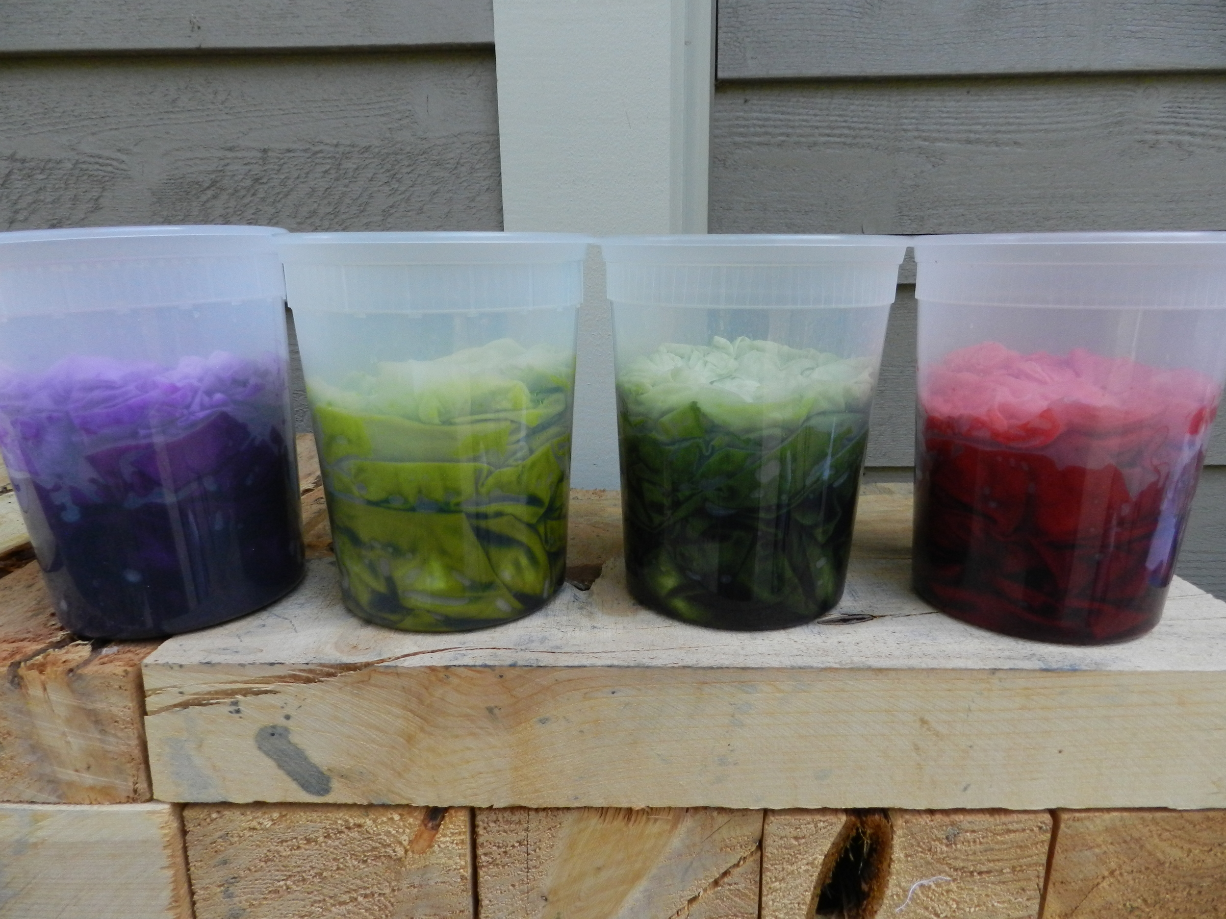 Fabric dyeing (2)