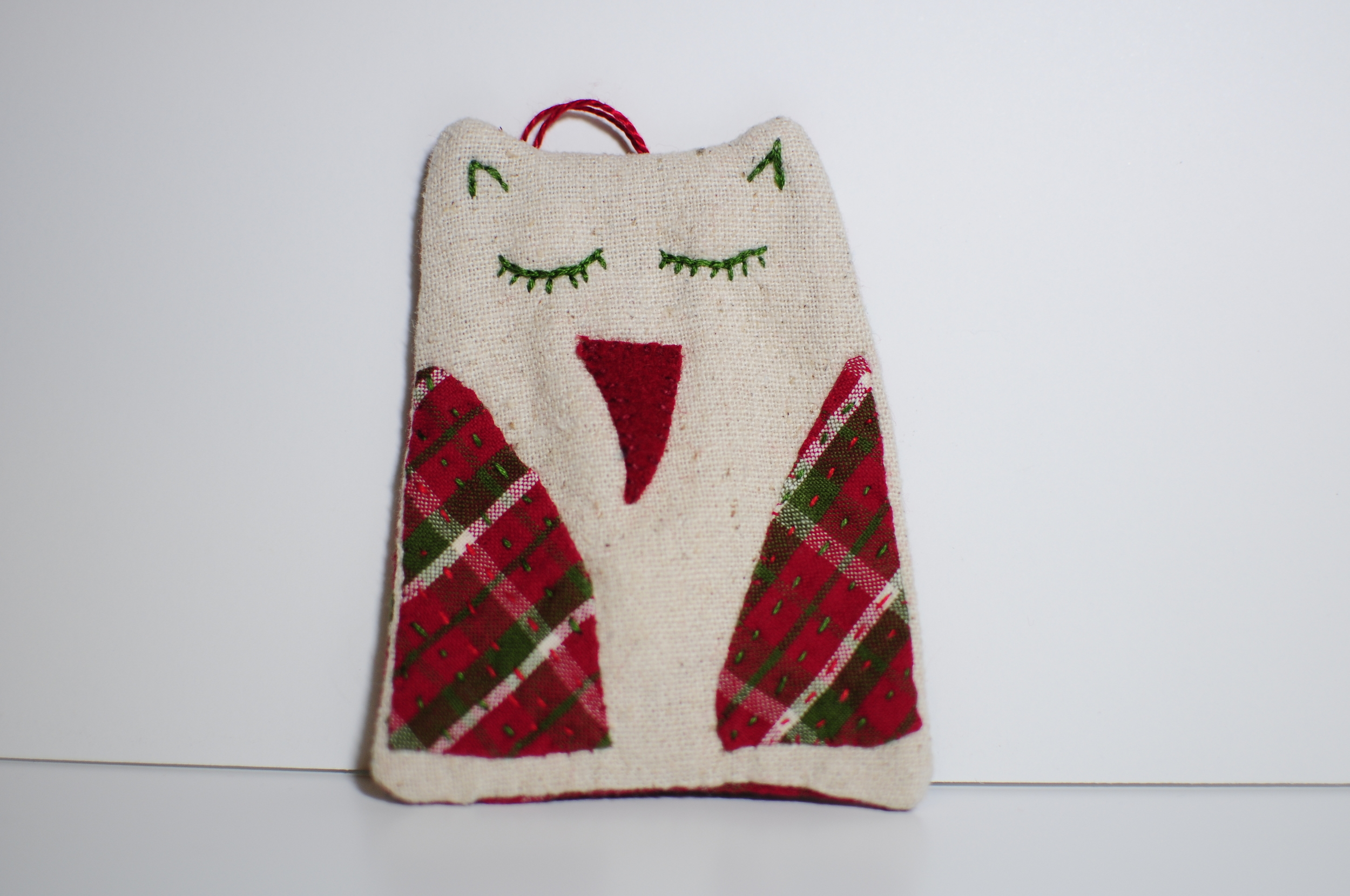 Plaid to Meet You Owl Ornament 2012 (1)