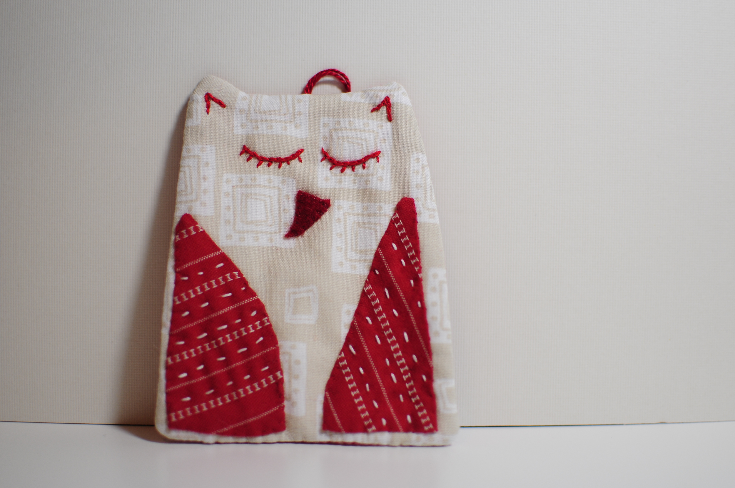 Red Stripe Owl Ornament 2012 (1)