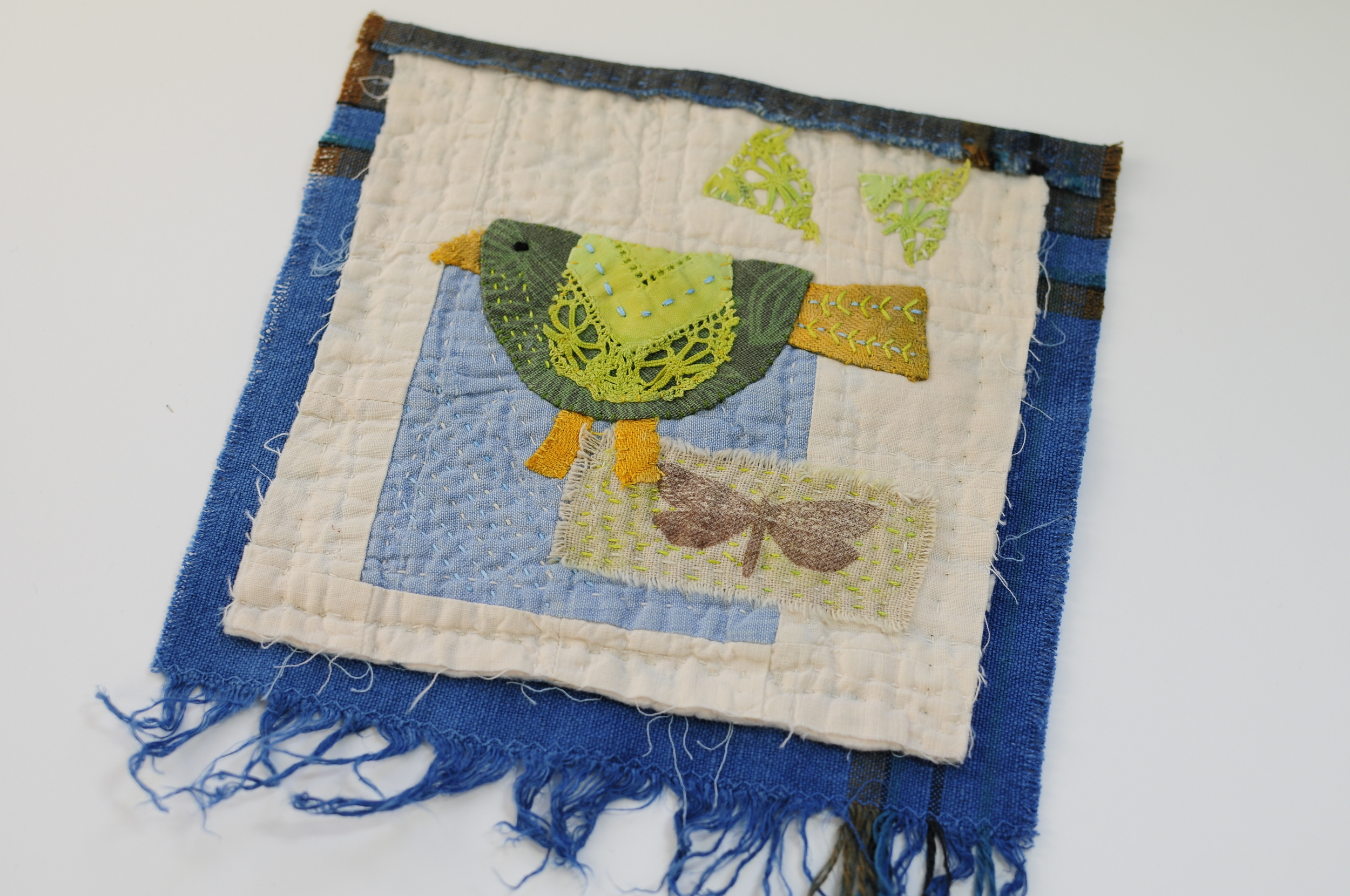 Lacey Bird Mini Wallhanging (2)