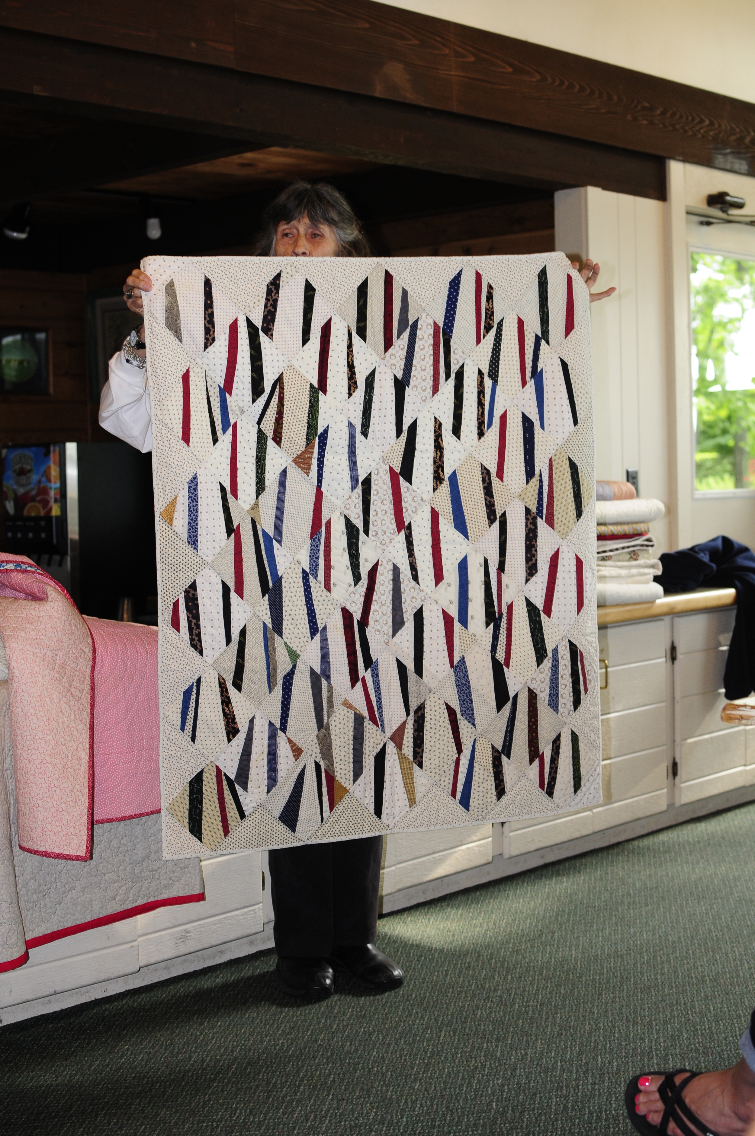Biqr Day 2 Gwennys Show And Tell Kristin Shields Star Wars Origami A List Of Online Diagrams For Folding Your Own Wednesday Morning Was The Official Start To Retreat We Spent First Part Getting Nice By Gwen This String Quilt Had Me So