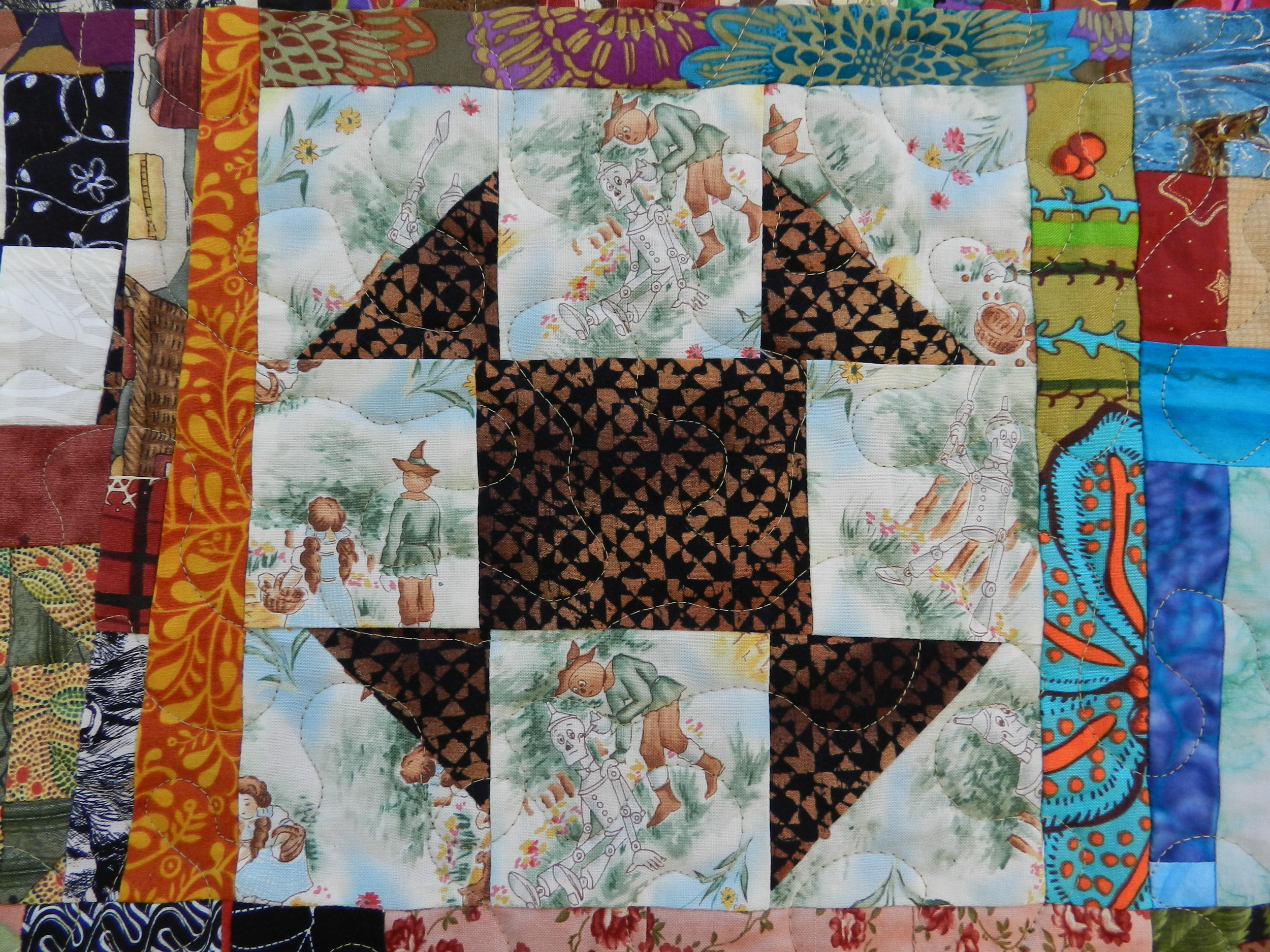 Scrappy Community Quilt (2)