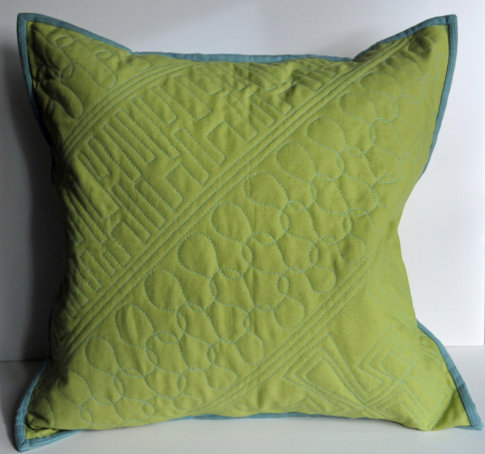 Green Linen Pillow (1)