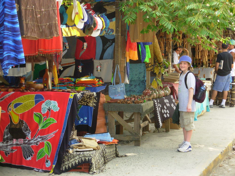 Street vendors in Manuel Antonio.