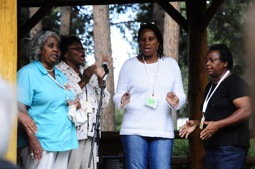 Mary Ann Pettway, China Pettway, Lucy Witherspoon and Stella Mae Pettway