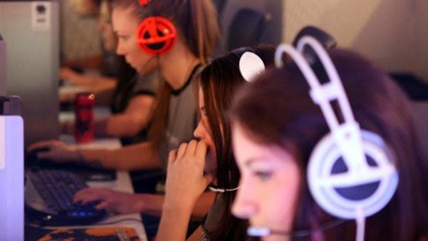 femaleprogamers1.jpg