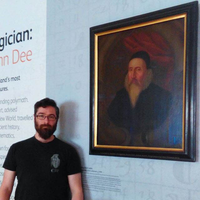 Hanging out with #JohnDee at #TheRoyalCollegeOfPhysicians.  Was amazing to see such a large collection of his library in person.