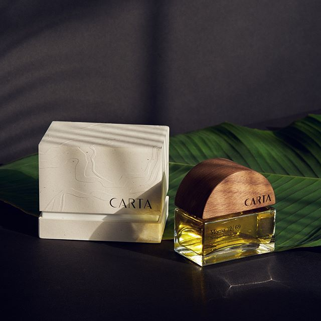 Packaging and bottle design for @cartafragrances in collaboration with @iamericagibson . The premiere scent, Moena 12|69 features a signature oil hand-sourced in the Tambopata Province of the Peruvian Amazon Basin. Textures for the packaging were derived from the region's landscape, such as the snaking turns of the Tambopata River. — Words by ✨ @danamolly | Still life photography by @paleyontology