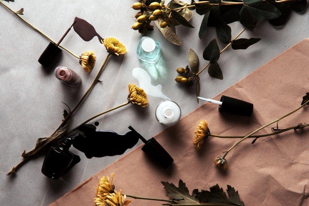 flowers-nail-polish-flatlay_4460x4460.jpg