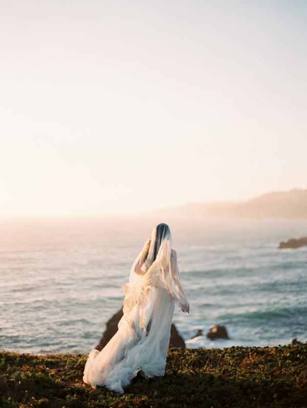 romantic-seaside-wedding-ideas.png