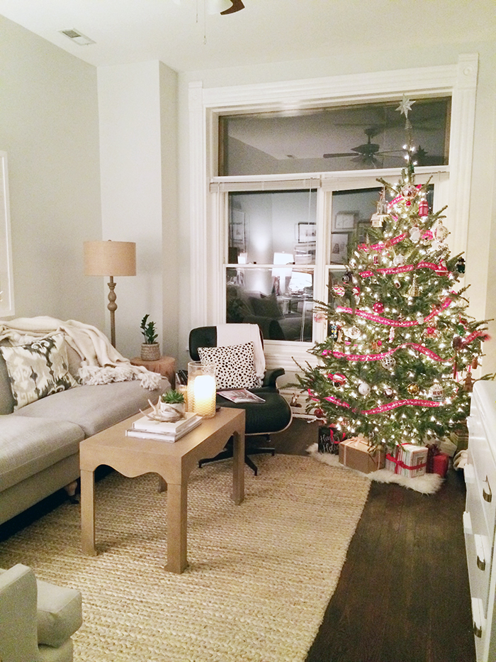alaina-kaczmarski-living-room-styling-14.jpg