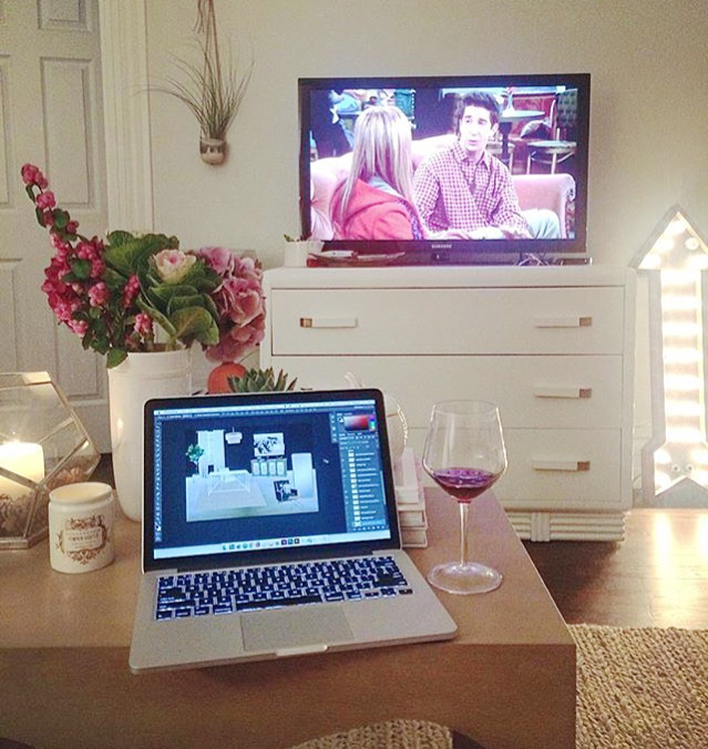 alaina-kaczmarski-living-room-styling-10.jpg