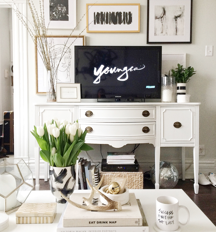alaina-kaczmarski-living-room-styling-28.jpg