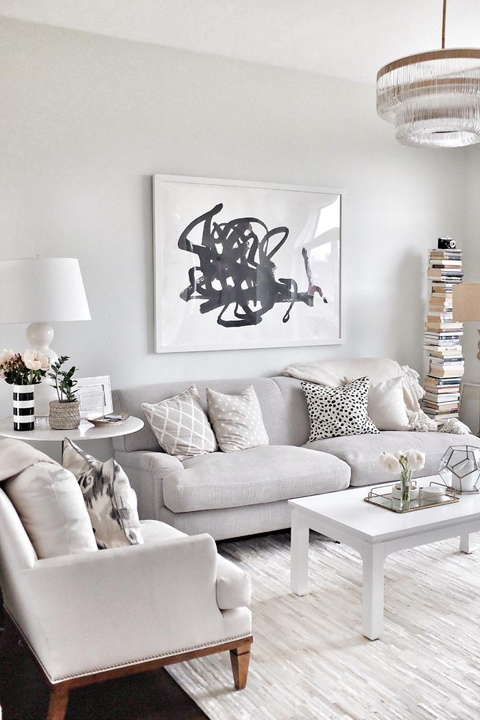alaina-kaczmarski-living-room.jpg