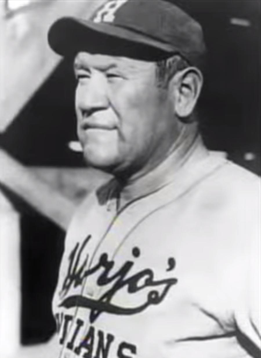 Jim Thorpe, Harjo's Oklahoma Indians, 1933.